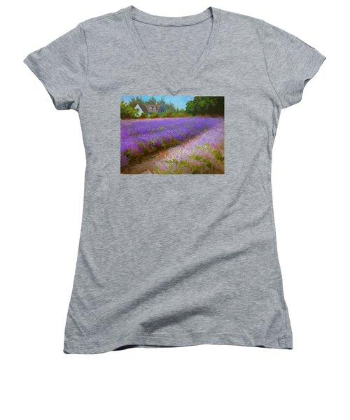 Impressionistic Lavender Field Landscape Plein Air Painting Women's V-Neck T-Shirt