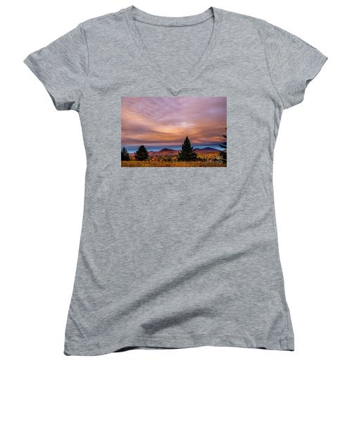 Heart Opeing In The Sky Women's V-Neck T-Shirt