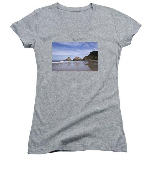 Heceta Head Lighthouse 1 Women's V-Neck