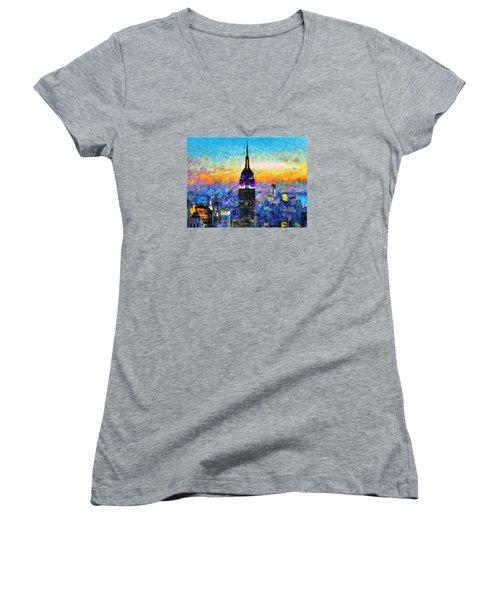 Hello New York Women's V-Neck T-Shirt