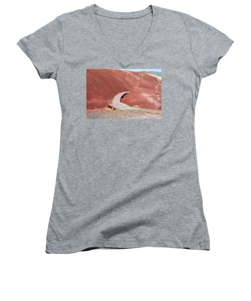 Hiking Loop Boardwalk At Painted Hills Cove Women's V-Neck T-Shirt