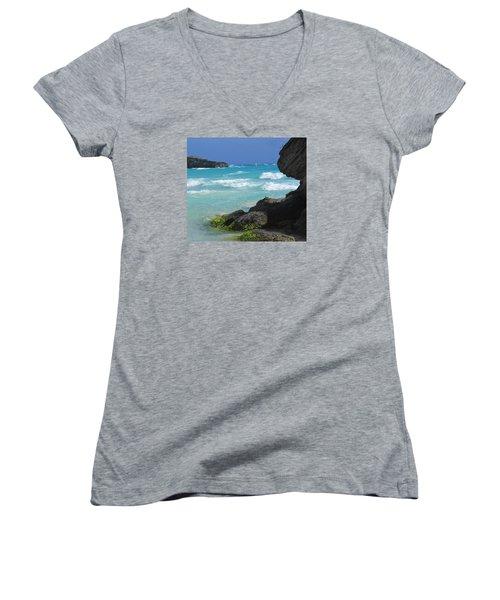 Horseshoe Bay Rocks Women's V-Neck T-Shirt (Junior Cut) by Ian  MacDonald