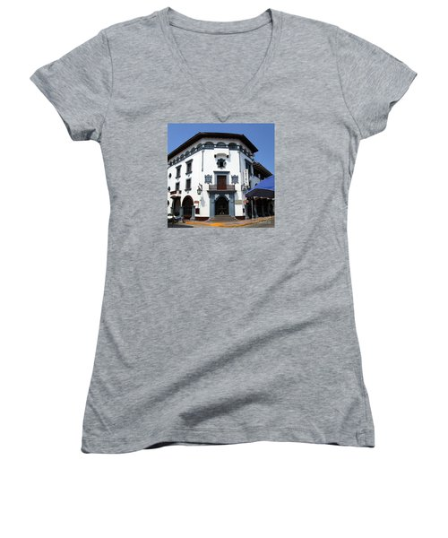 Hotel Colonial Women's V-Neck T-Shirt