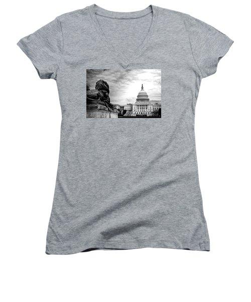 House Of Lions Women's V-Neck T-Shirt