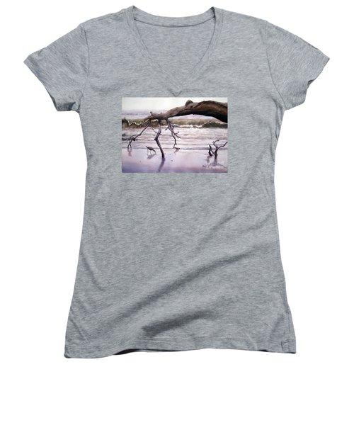 Hunting Island Sculpture Women's V-Neck T-Shirt