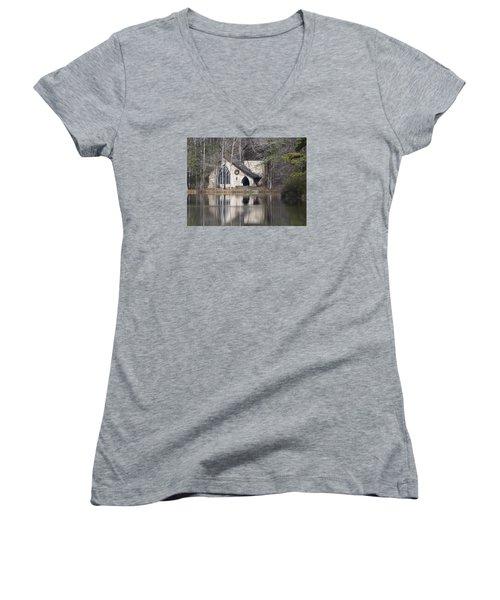 Ida Cason Callaway Memorial Chapel Women's V-Neck T-Shirt
