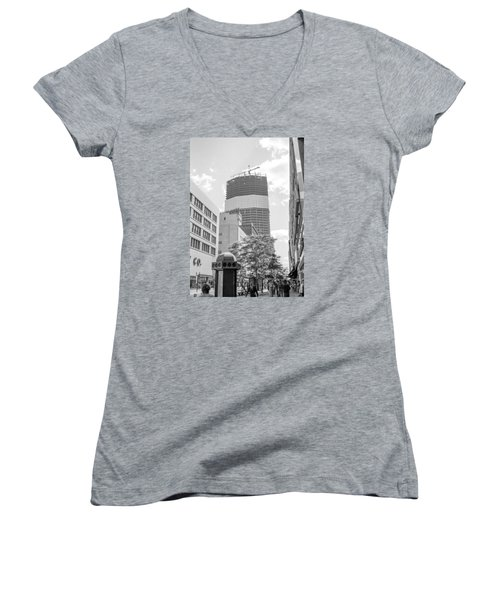 Ids Building Construction Women's V-Neck T-Shirt