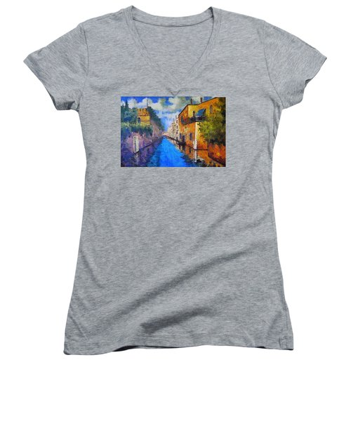 Impressionist D'art At The Canal Women's V-Neck