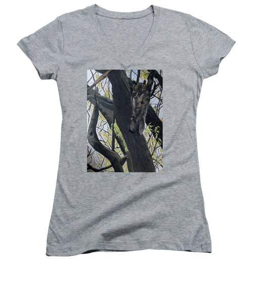 In The Shadow-ojibway Great Horn Owl Women's V-Neck T-Shirt