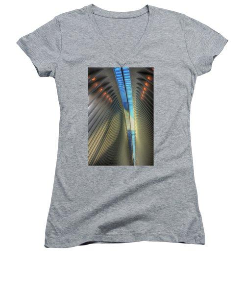Inside The Oculus Women's V-Neck T-Shirt