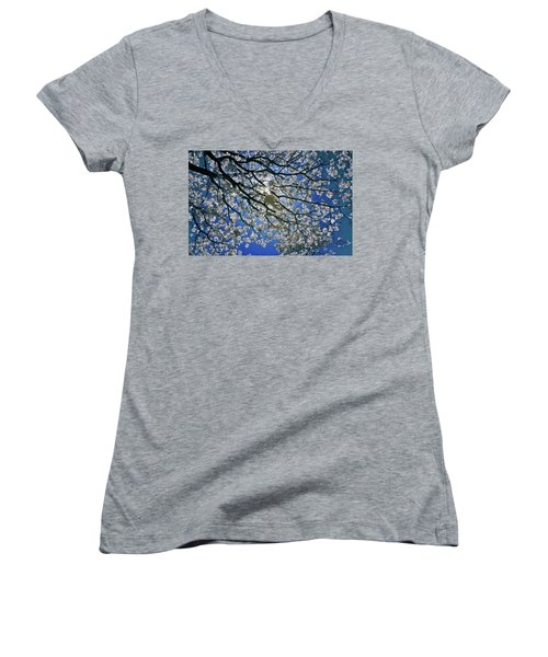 Women's V-Neck T-Shirt (Junior Cut) featuring the photograph Into The Sun by Linda Unger