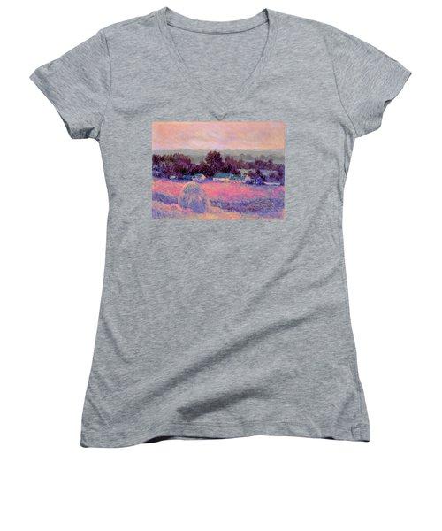 Inv Blend 10 Monet Women's V-Neck T-Shirt