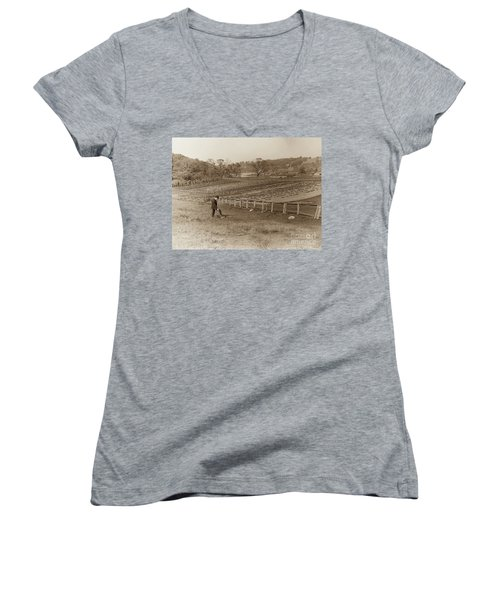 Women's V-Neck T-Shirt featuring the photograph Inwood 1906 by Cole Thompson