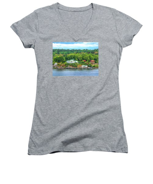 Island Living, Swedish Style Women's V-Neck