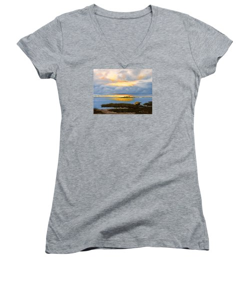 Island Sunset Women's V-Neck T-Shirt (Junior Cut) by Rick McKinney