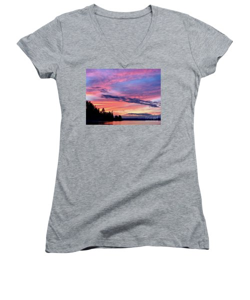 Island Sunset Women's V-Neck (Athletic Fit)