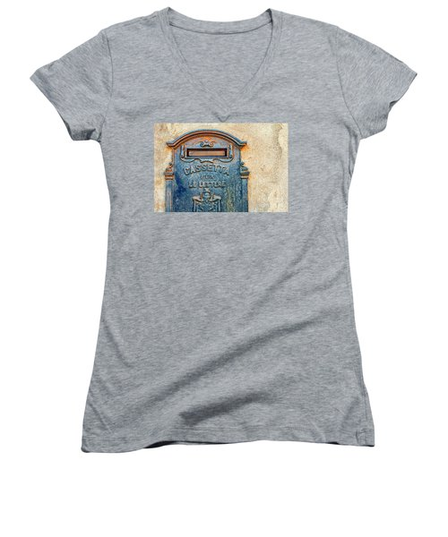 Italian Mailbox Women's V-Neck T-Shirt