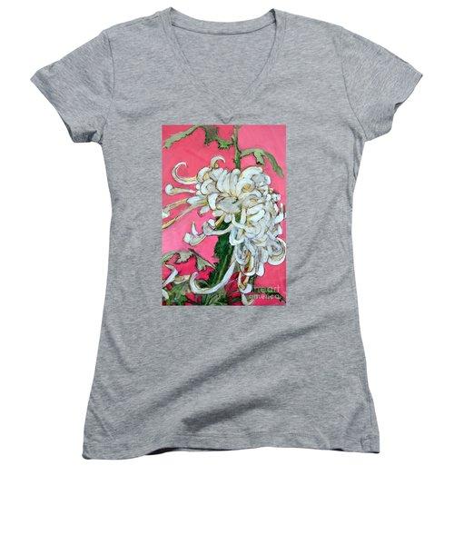 Japanese Mum Women's V-Neck T-Shirt