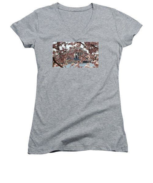 Women's V-Neck T-Shirt featuring the photograph Jefferson Through The Cherry Blossoms by Charles Kraus