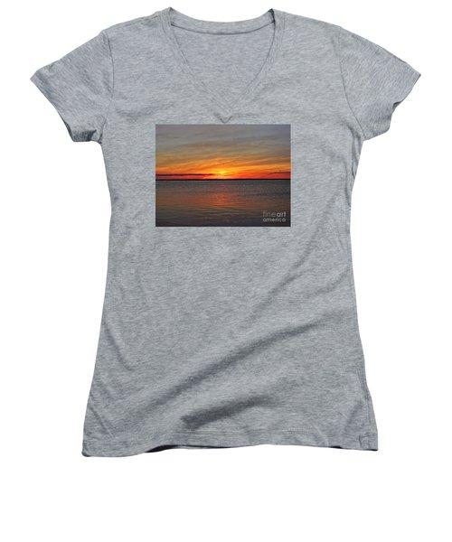 Jersey Shore Sunset Hdr Women's V-Neck