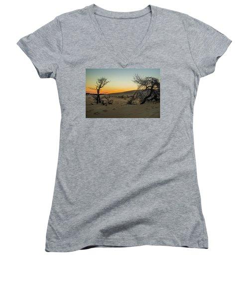 Jockey's Ridge View Women's V-Neck T-Shirt (Junior Cut)