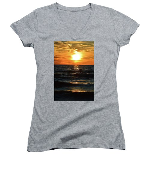 June 21 - 2017 Sunset At Wasaga Beach  Women's V-Neck (Athletic Fit)