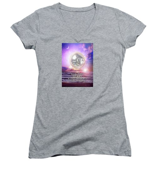 June Birthstone Pearl Women's V-Neck T-Shirt (Junior Cut)