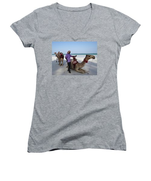 Just Married Camels Kenya Beach 2 Women's V-Neck T-Shirt