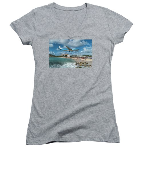 K L M A330 Landing At Sxm Women's V-Neck T-Shirt