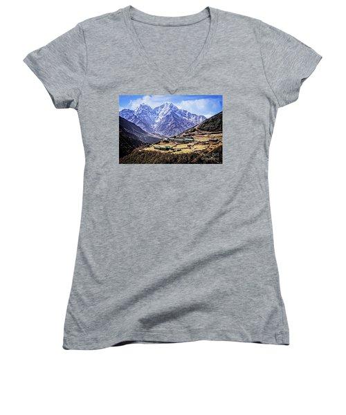 Kangtega And Thamserku Women's V-Neck T-Shirt