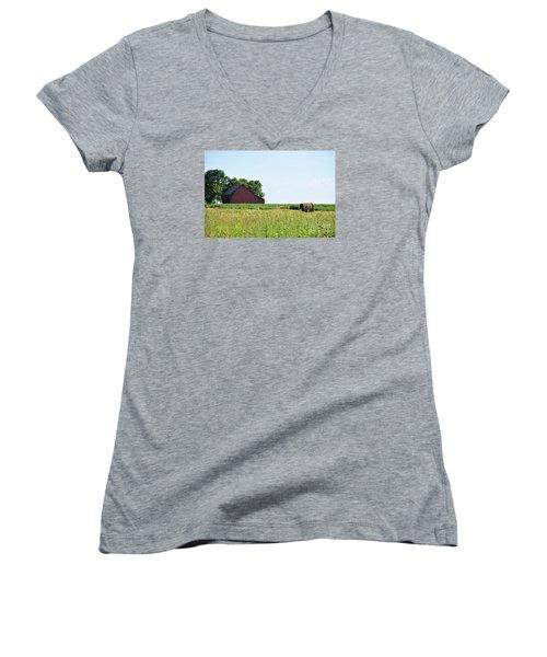 Kansas Barn Women's V-Neck T-Shirt (Junior Cut) by Mark McReynolds
