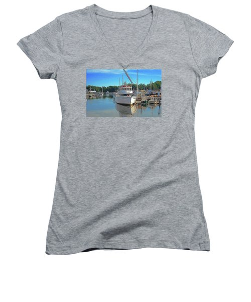 Women's V-Neck T-Shirt (Junior Cut) featuring the photograph Kennebunk, Maine - 2 by Jerry Battle