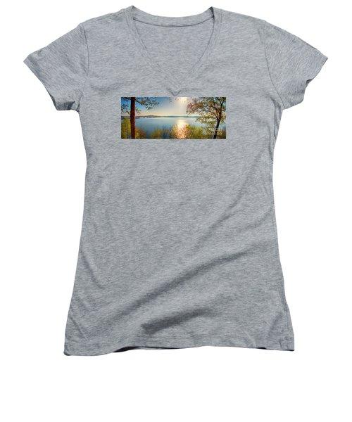 Women's V-Neck T-Shirt featuring the photograph Kentucky Lake by Ricky L Jones