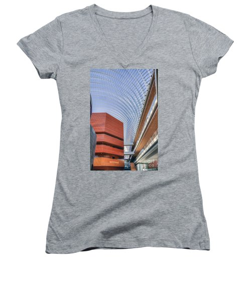 Kimmel Center For The Performing Arts Women's V-Neck (Athletic Fit)