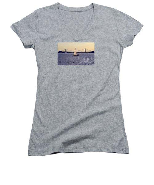 Kings Point, Usmma Women's V-Neck T-Shirt
