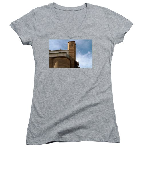 Women's V-Neck T-Shirt featuring the photograph Kingscote Castle by Stephen Mitchell