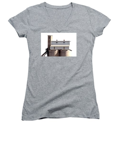 Women's V-Neck T-Shirt featuring the photograph Kingscote Skyrise by Stephen Mitchell