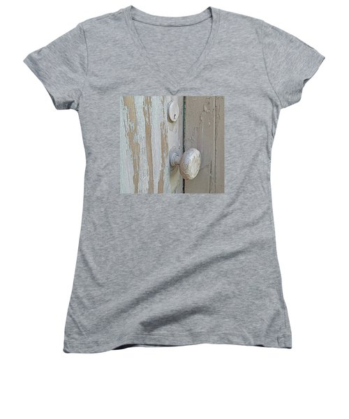 Knob Nostalgia Women's V-Neck T-Shirt (Junior Cut) by Suzy Piatt