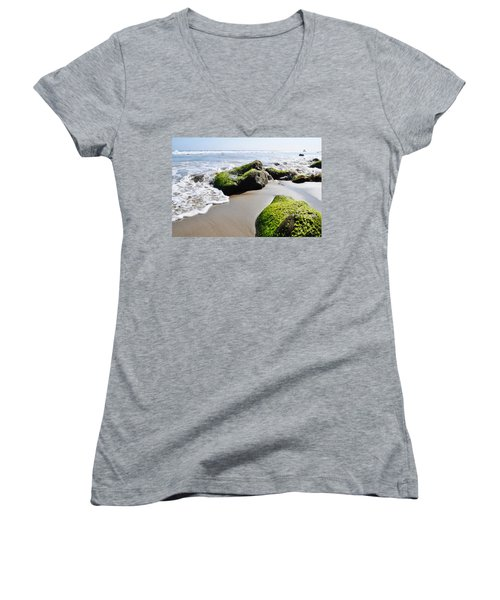 La Piedra Shore Malibu Women's V-Neck T-Shirt (Junior Cut) by Kyle Hanson