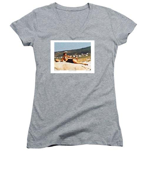La Vida Dulce,the Sweet Life Women's V-Neck T-Shirt (Junior Cut) by Kenneth De Tore