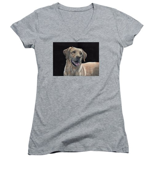 Labrador Portrait Women's V-Neck (Athletic Fit)
