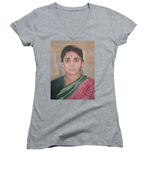 Lady From India Women's V-Neck