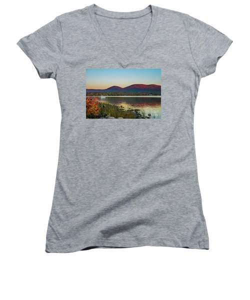 Lake Cruise Women's V-Neck T-Shirt