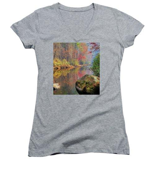 Chattooga Paradise Women's V-Neck T-Shirt