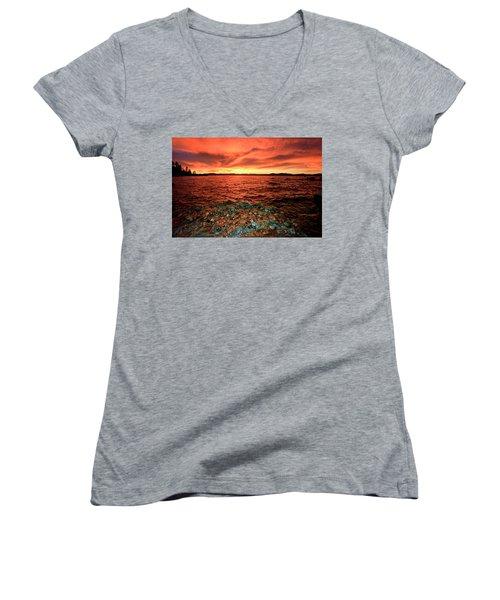 Lake Tahoe...blood Moon Sunset Women's V-Neck