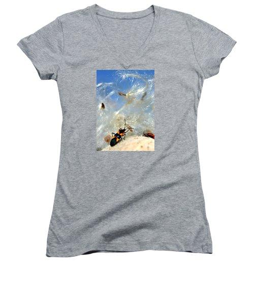 Large Milkweed Bug Women's V-Neck T-Shirt