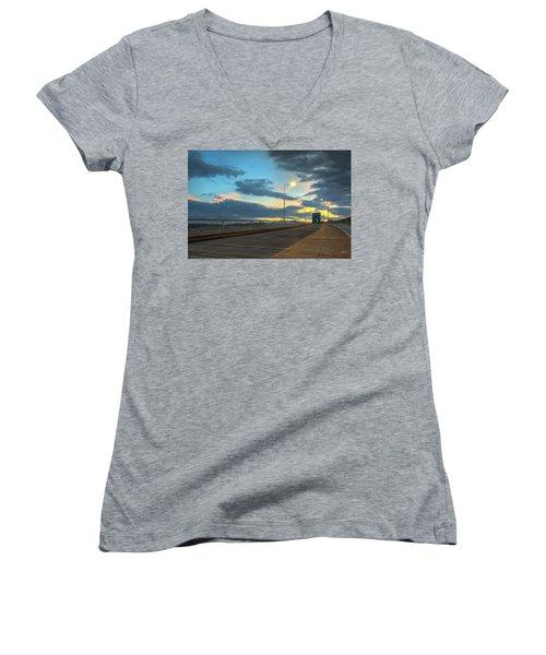 Last Light And Color Over Walnut Women's V-Neck T-Shirt (Junior Cut) by Steven Llorca