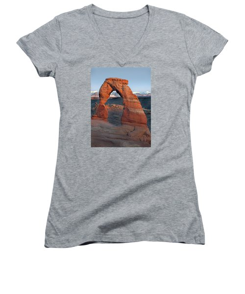 Last Light On Delicate Arch  Women's V-Neck T-Shirt (Junior Cut) by Jeff Brunton