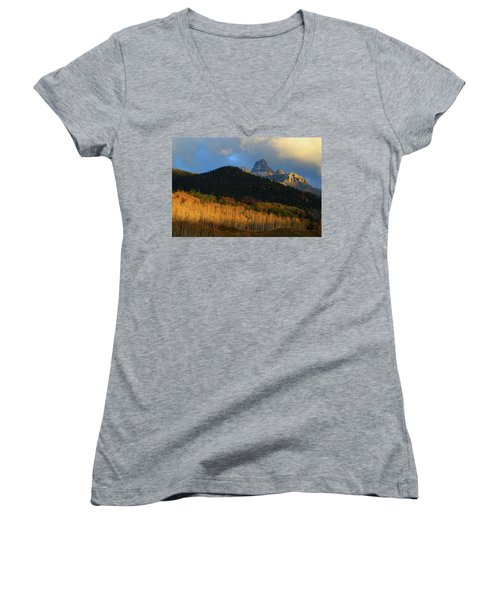 Late Afternoon Light On The San Juans Women's V-Neck T-Shirt