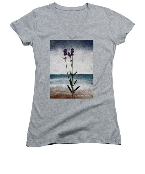 Lavender Ocean Breath Women's V-Neck